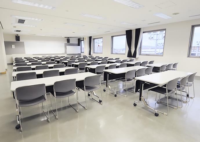 研修室1-2b